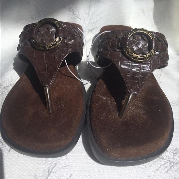 09e3b9e38f17b1 White Mt. NWOT Brown Sandals Sz. 7